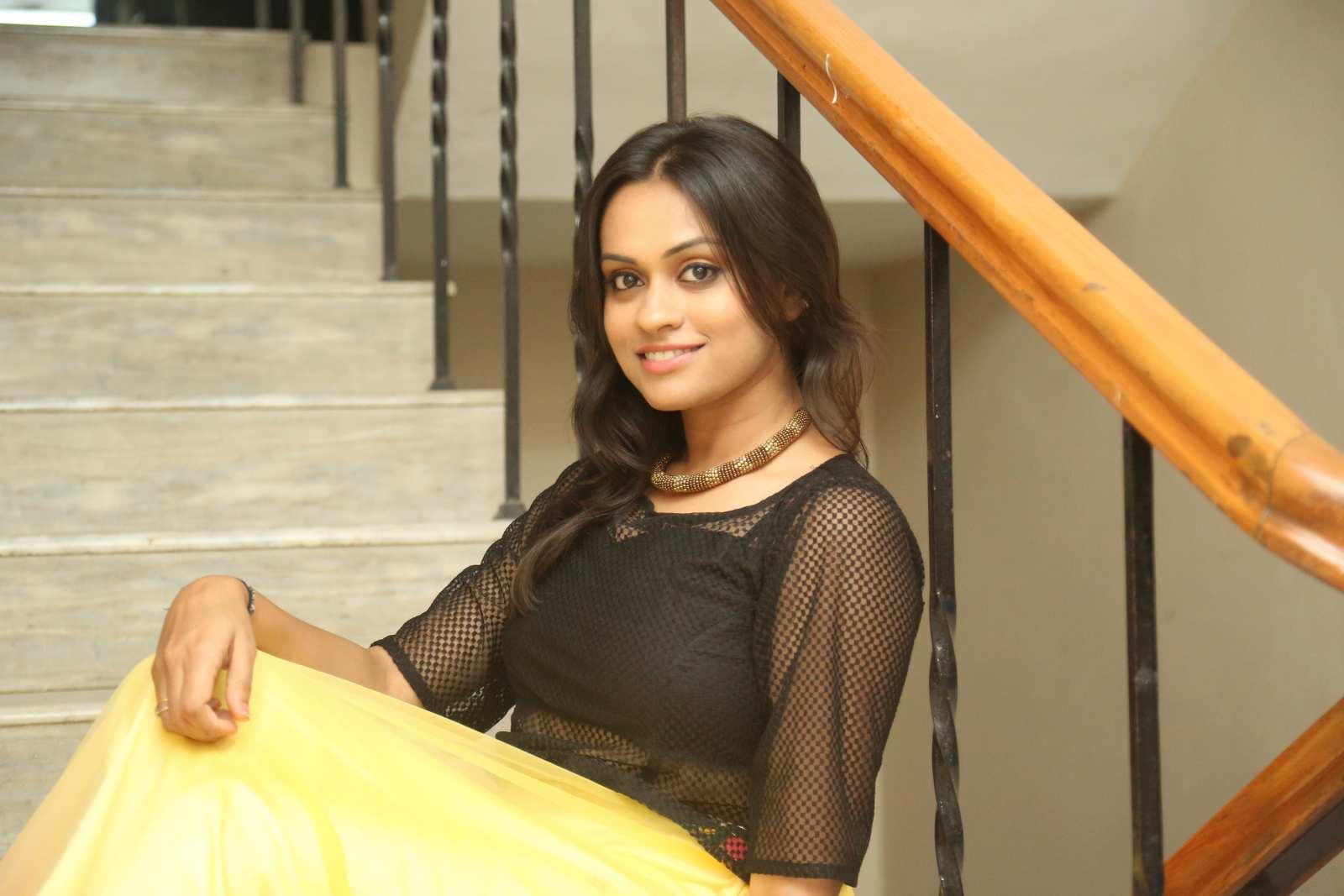 Geetha bhagath dazzling photos gallery-HQ-Photo-2