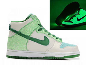 Glow In the Dark Nike Dunks High Tops Cool Shoes Green White. Halloween ... bf8146cfd