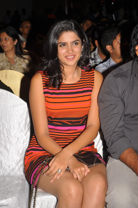 deeksha seth new , deeksha seth spicy cute stills