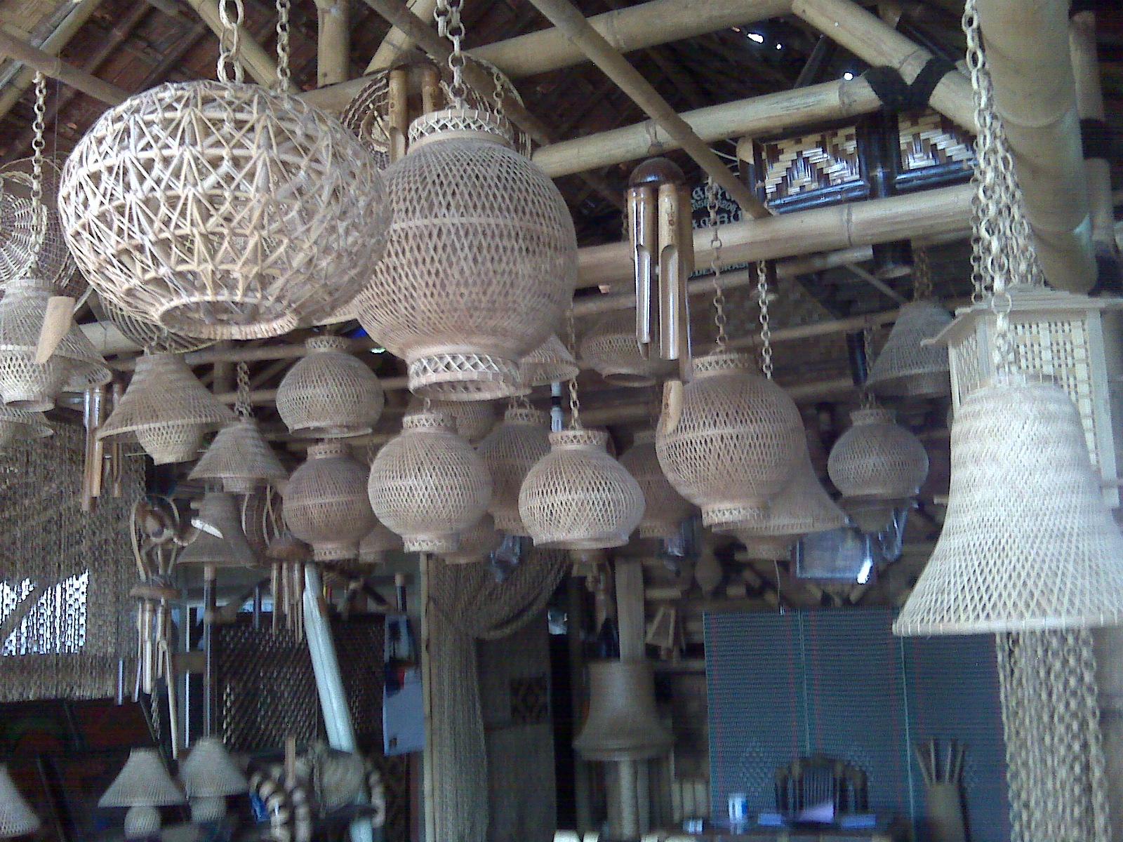 Cipta Karya Seni Bambu: aneka kerajinan bambu