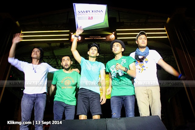 Aksi LYLA pada Gebyar Asyik Sampoerna 13 September 2014 di GOR Satria Purwokerto | Foto oleh : klikmg Fotografer Jakarta