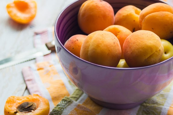 Roasted honey apricots