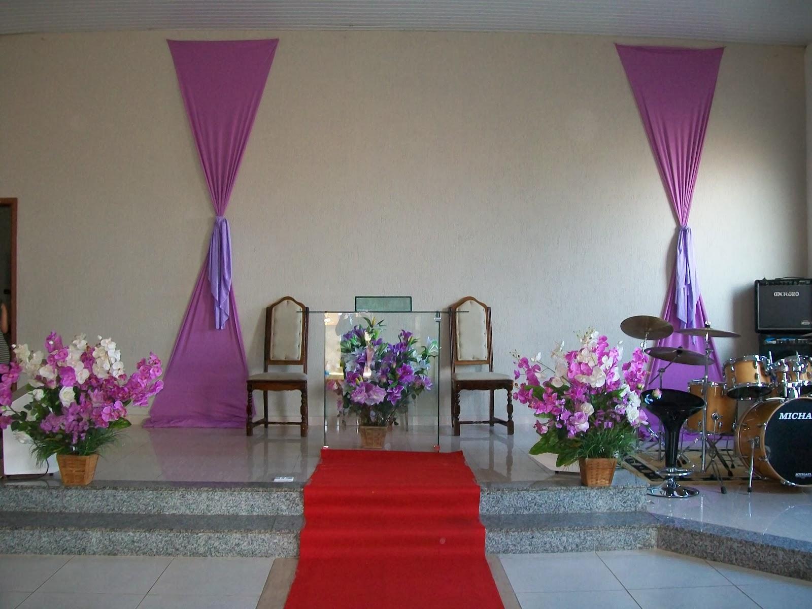 decoracao de casamento igreja evangelica : decoracao de casamento igreja evangelica:Corredor de igreja na Assembleia de Deus do Jd. Paulista.