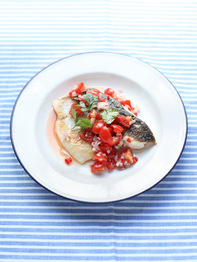 appledrane: Pan-fried Sea Bass with a quick tomato salsa