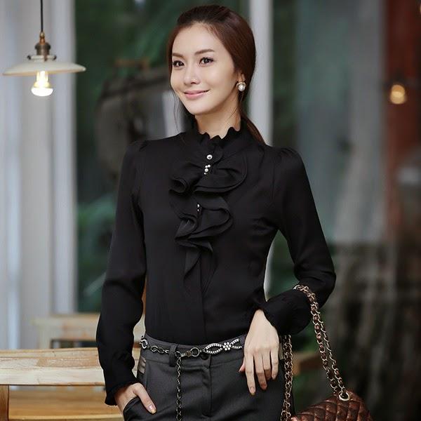Foto desain model baju kemeja wanita lengan panjang modern terbaru