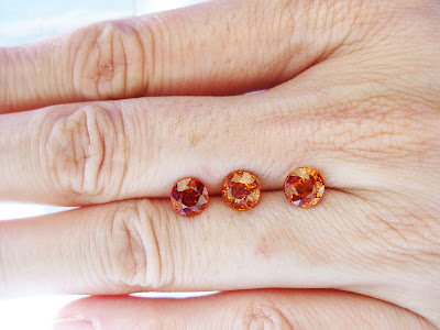 5mm orange spessartite garnets