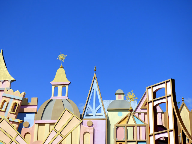 devanture de it's a small world
