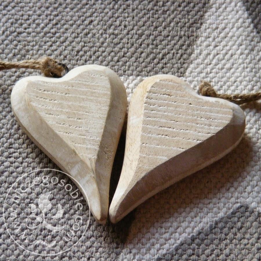 niczego_sobie_drewniane_serca