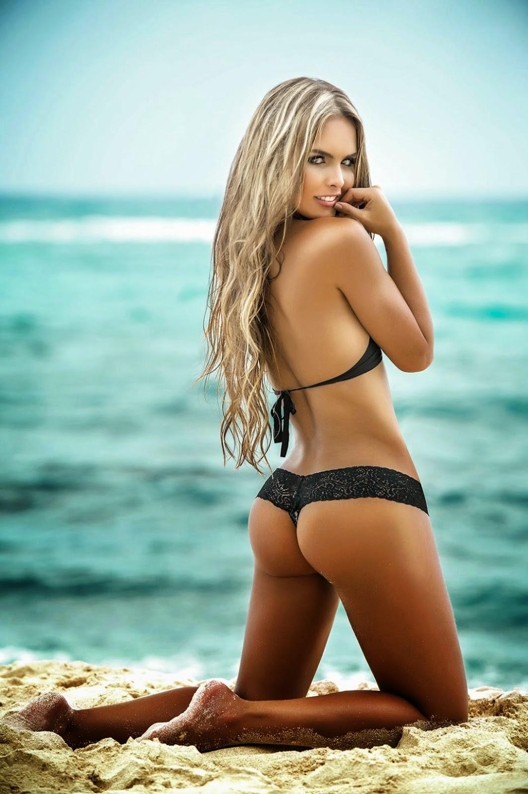 beach shots bikini model