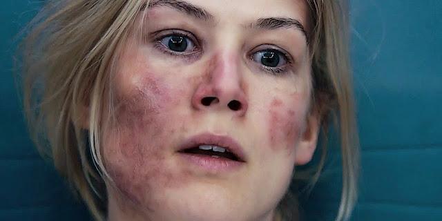 Veja Rosamund Pike no primeiro trailer do suspense Return to Sender