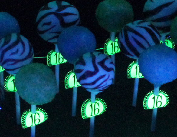 Hi Im Lori And This Was My Sixteenth Birthday Party How I Loved It The Neon Glow In Dark Stuff Looked Really Impressive