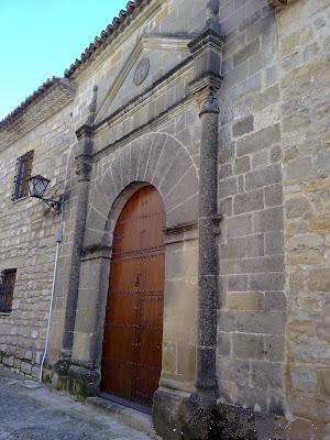 Paseando por baeza desde hotel puerta de la luna restos for Puerta 19 benito villamarin