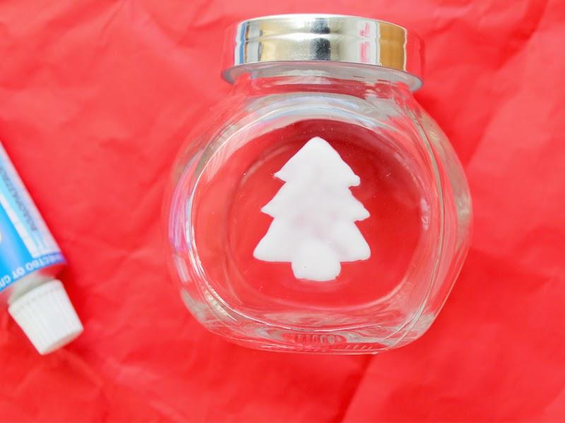 Идеи за ръчно направени коледни подаръци
