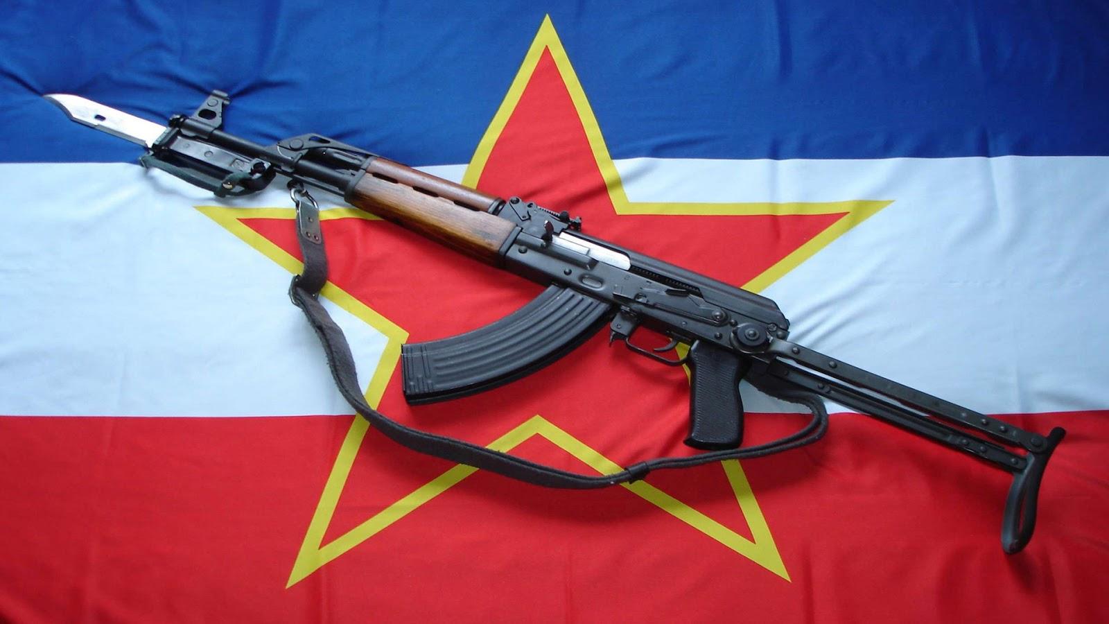 http://2.bp.blogspot.com/-RXa0UnxtCos/UQ7Nqy3mRTI/AAAAAAAAI5o/scrkNJKggew/s1600/flag-wallpaper-Yugoslavia-star-guns-automatic-bayonet.jpg