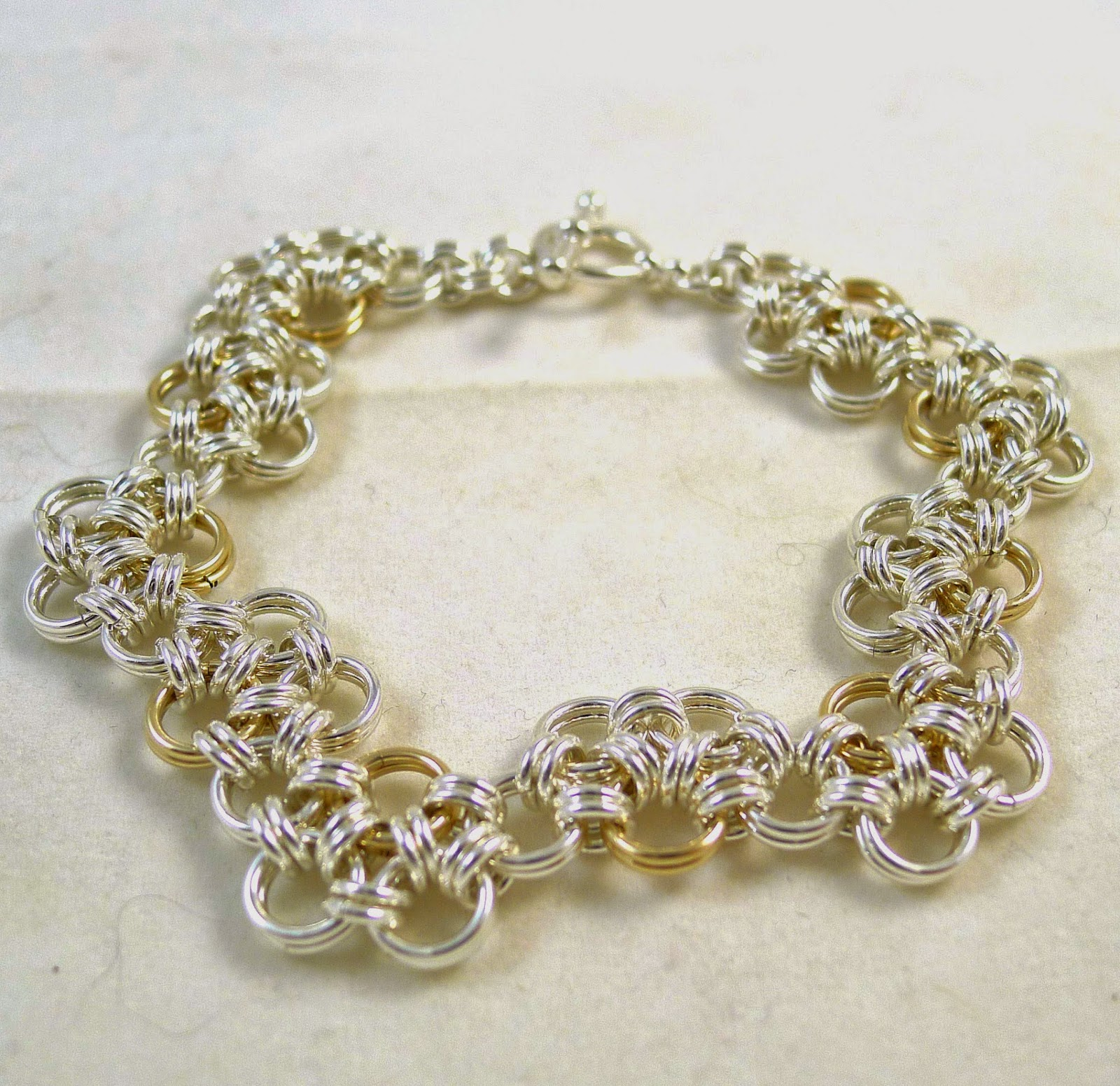 https://www.etsy.com/nz/listing/70221084/zig-zag-gold-and-silver-chainmaille