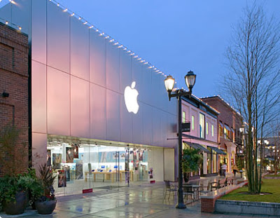 The Apple Store is located in University Village. Traveling on I-5, exit 45th Street and travel east. University Village is just east of the University of Washington.
