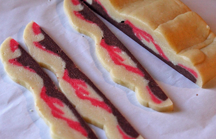 Bacon Sugar Cookies- No pigs harmed in the making :) Perfect for a cookout or April Fool's!