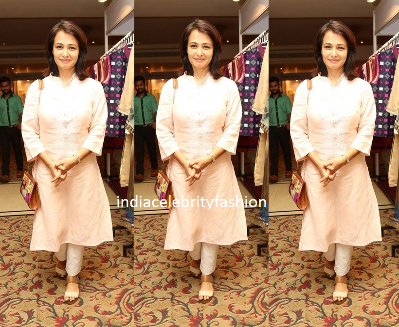 Amala Akkineni in Simple Kurta