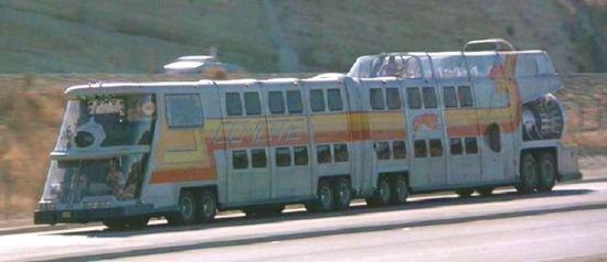 The_Big_Bus2.jpg