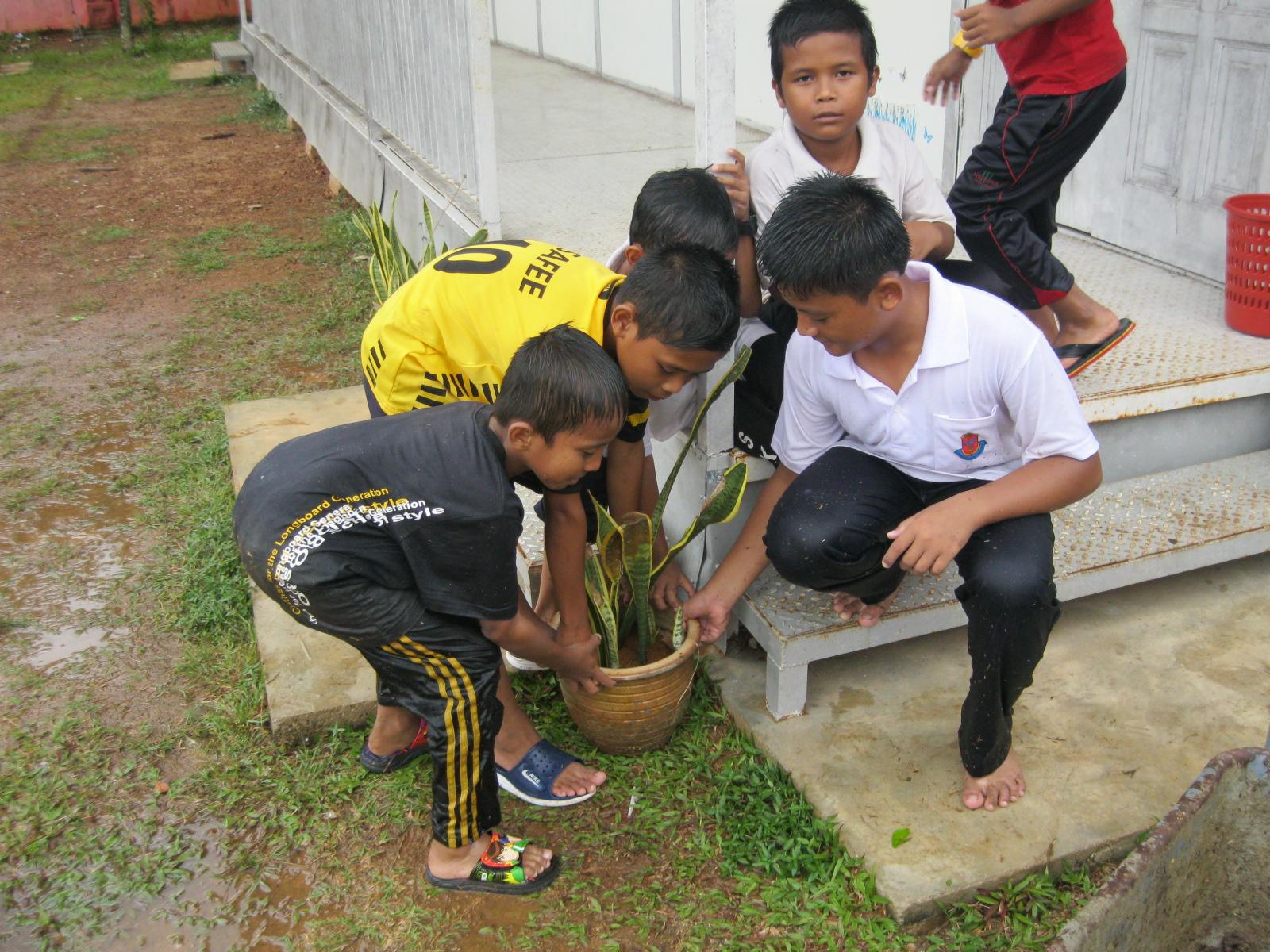 Pidato Gotong Royong Bahasa Sunda Contoh Naskah Pidato Bahasa Sunda