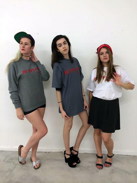 3 girls in Bufflone Athletic