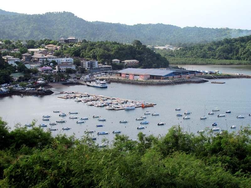 Mayotte l 39 le aux parfums aux tortues au lagon le parc de la pointe mahabou - Office de tourisme mayotte ...