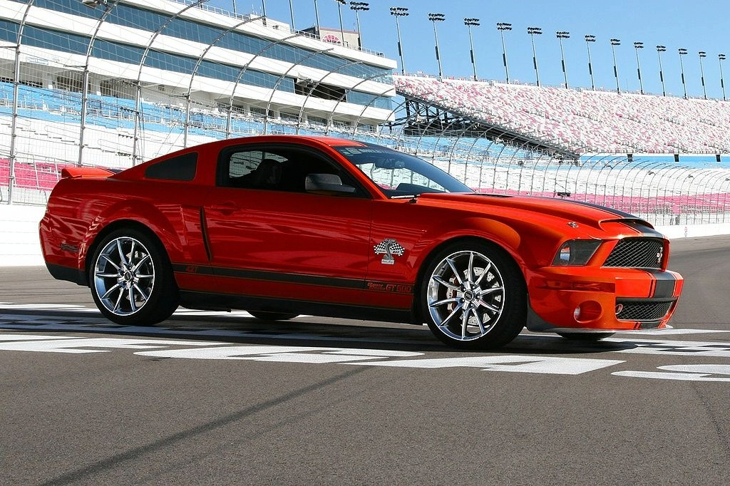 gt500 super snake world of cars. Black Bedroom Furniture Sets. Home Design Ideas