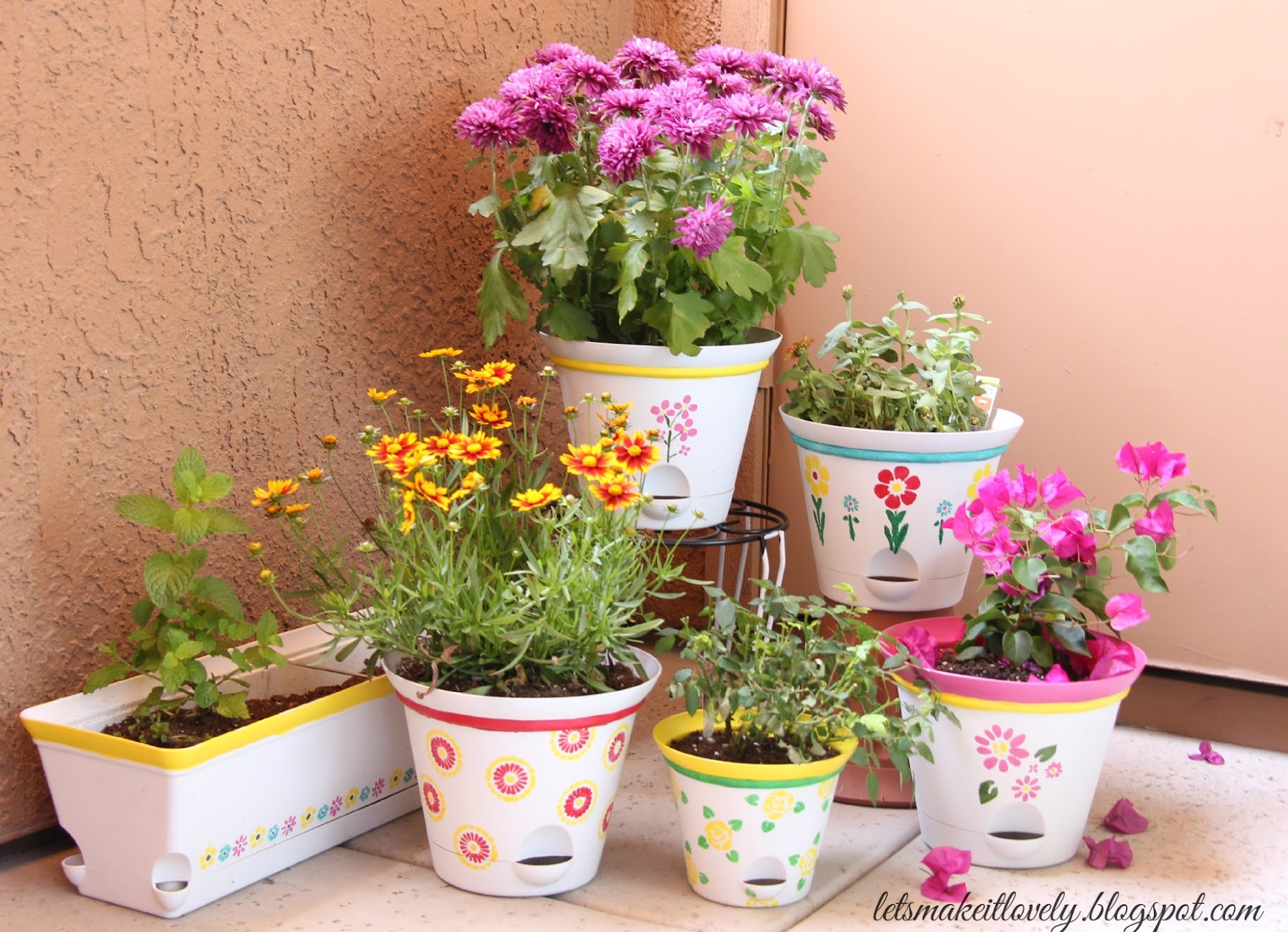 Paint and stencil the pots bright for a pop of color in your summer patio. Dos and Don'ts on stenciling.