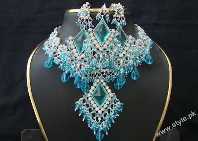 bridal headbandsclass=bridal jewellery