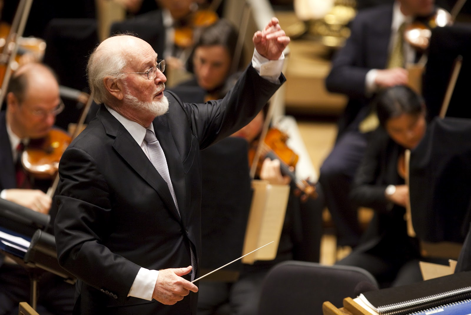 john williams composer The revered director was on hand to applaud composer john williams on his 40th anniversary of conducting the los angeles philharmonic, the last of three labor day concerts to [] 2 days ago more.