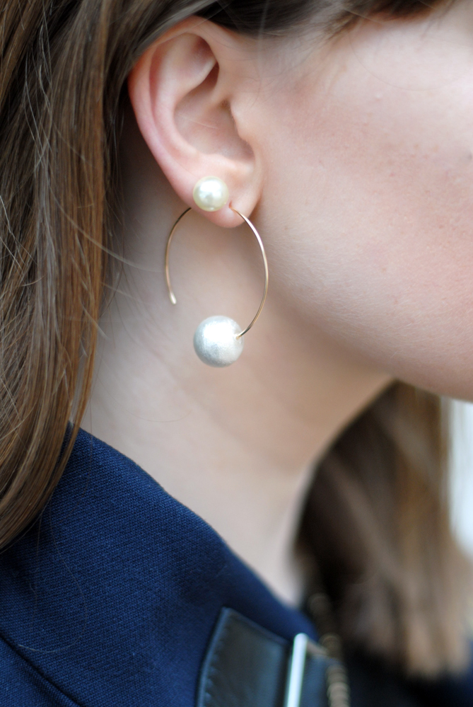 Rina Oliveira hook earring cotton pearl earrings