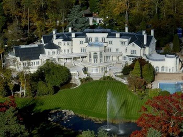 Updown Court, Windlesham, and Surrey in the 9th place. The description of this home is above, as it was the 3rd most expensive home in 2008. What is interesting however, is that in 2008 it was valued at $110million, meaning its value has grown substantially even during such difficult financial times.