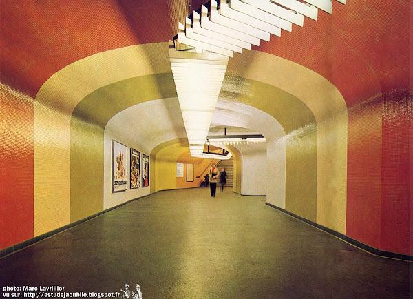 Paris - Gare / Station  R.E.R Nation  Architecte: Alain Bourbonnais  Architectes assistants: Lanou, Vincennot Construction: 1969