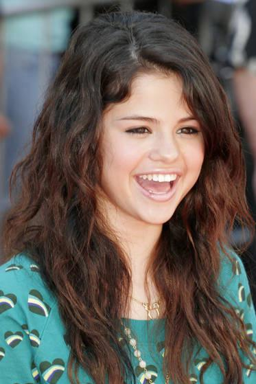 selena gomez 2011 hair. selena gomez 2011 photoshoot,
