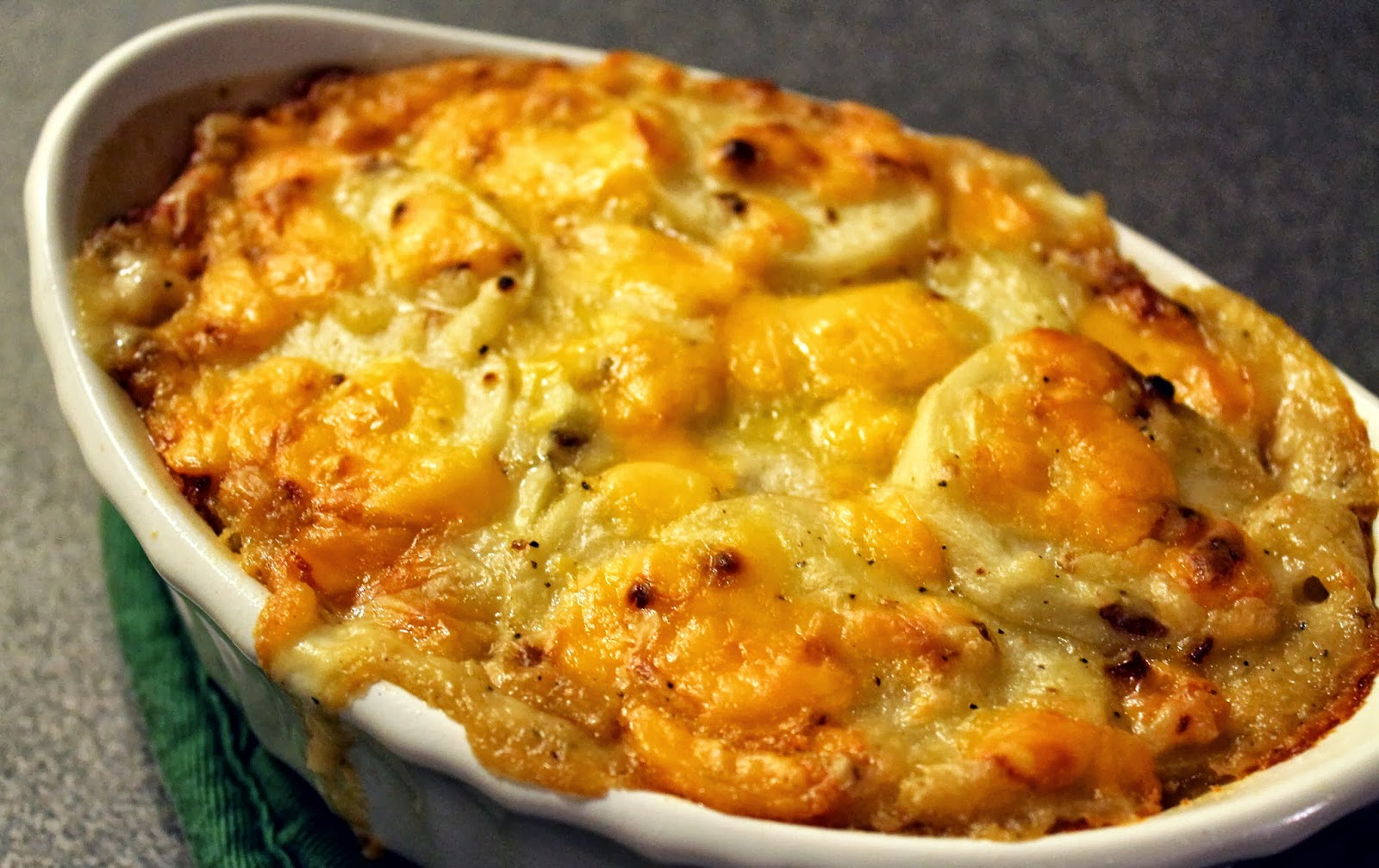 Classic Scalloped Potatoes Oscars Smoke house ny