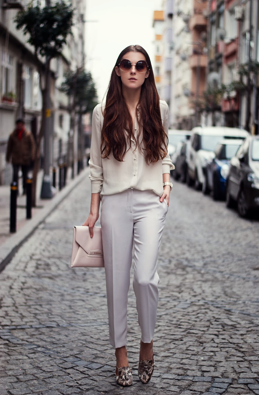 streetstyle istanbul , russian blogger, fashion blogger , white pants outfit , street style 2014 , spring outfits, long hair girl, fashion street style details, topshop, gasmy, givenchy outfit , snake skin shoes, loafers outfit
