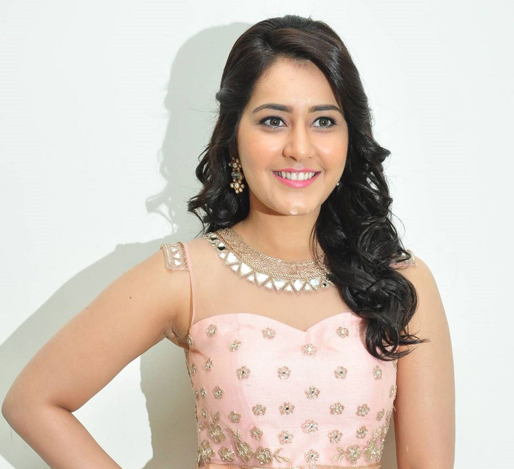 Rashi Khanna Cute Stills At Bengal Tiger Audio Launch