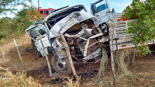 Carro-pipa que abastece Nova Palmeira se envolve em grave acidente