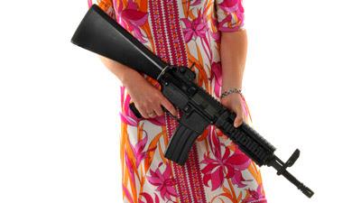 Wanita tembak mesin basuh