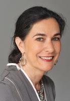 """Helga König im Gespräch mit Dr. Elisabeth Sandmann über das Buch """"Die Suffragetten"""""""