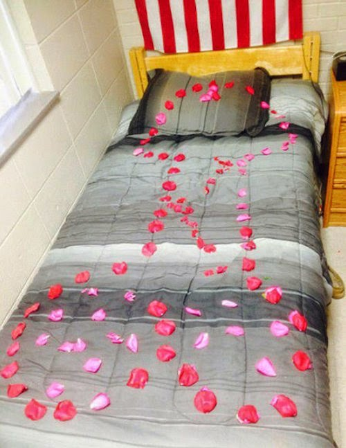 Valentine Bed - Funny Picture