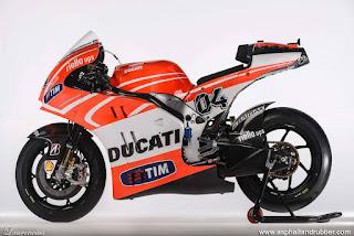 MotoGP-2013-Ducati-Desmosedici-GP13-MotoGP-Bike_5