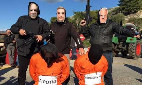 i-tzichantistes-tsipras-ke-ipourgi-sfazoun-tous-agrotes