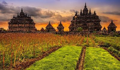 Tempat Wisata Candi di Jogja komplek sejarah