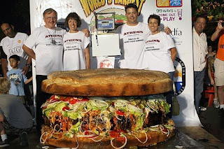 Hamburger terbesar yang pernah dijual
