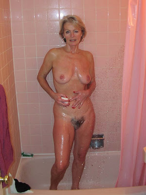 naked grandmothers pics