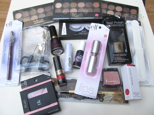 GIVEAWAY! ELF, MUA, Revlon, Rimmel and more! (31/12)