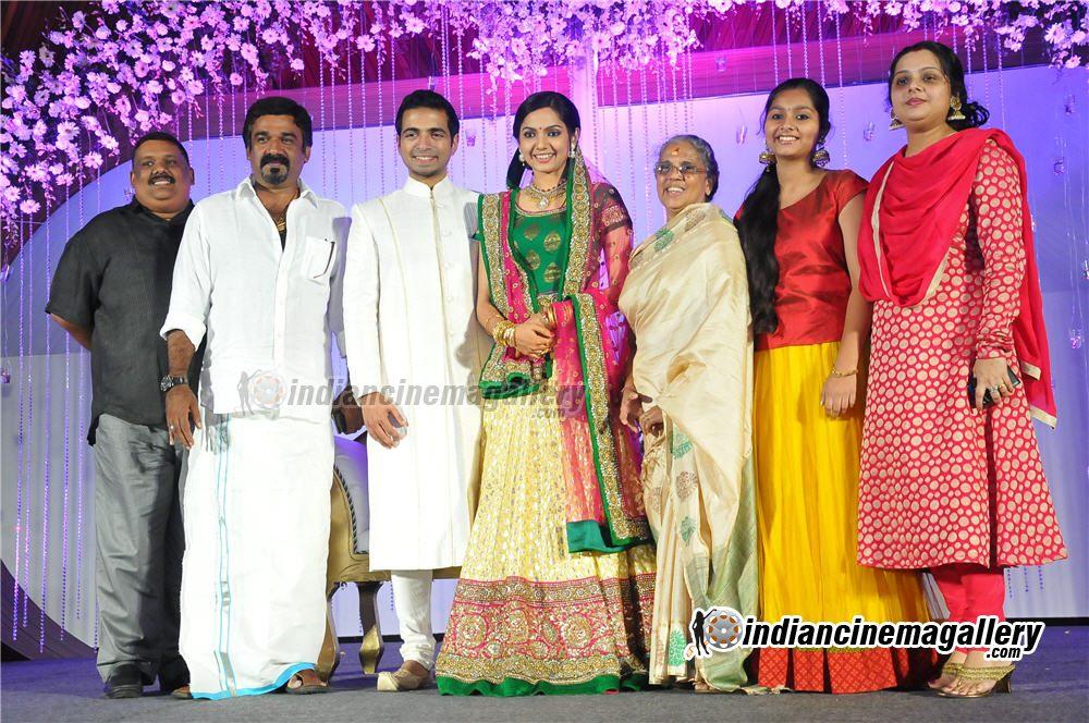 Samvritha Sunil Marriage Reception Album Industrifo