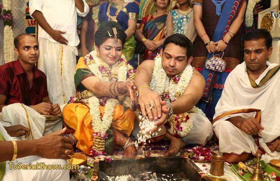 Divya Darshini Vijay Tv Anchor Marriage
