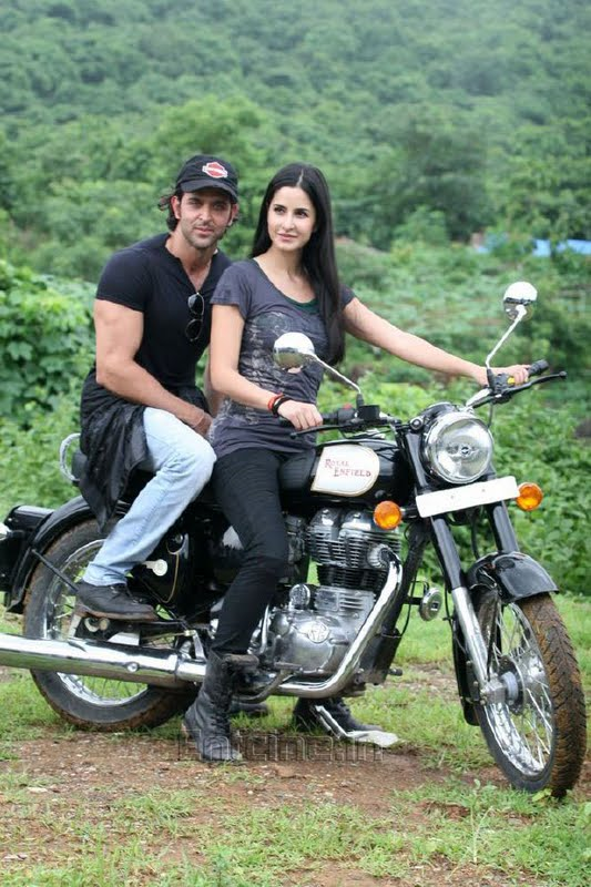 katrina kaif takes rides - photo #4